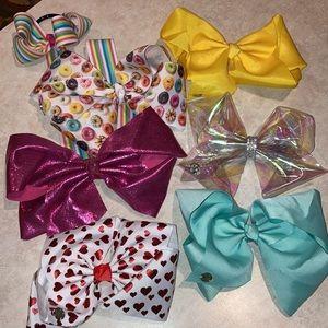 Lot of 6 Jo-Jo Bows and ribbon hanger